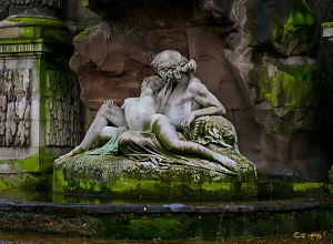 Luxembourg Statues