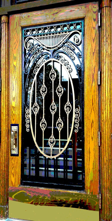 Quebec Deco Door2